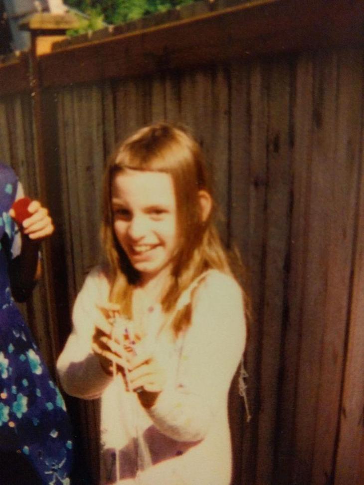 22 неловкие фотографии из юности, за которые людям стыдно