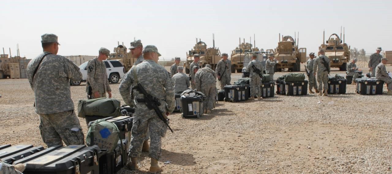 делайте крокодилов фото как бегут иракская армия виды