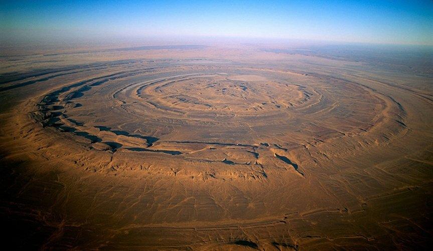 Необычные места на Земле, в существование которых сложно поверить