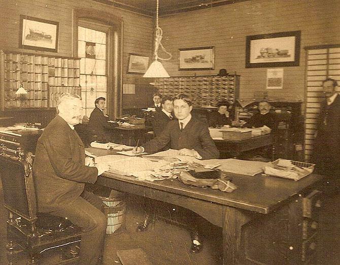 Какими были офисы сто лет тому назад