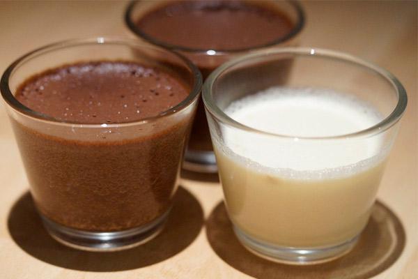 Как приготовить молочный кисель