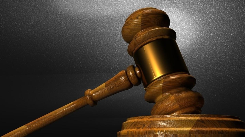 Обвиняемый в вымогательстве экс-мэр Майкопа предстал перед судом Происшествия
