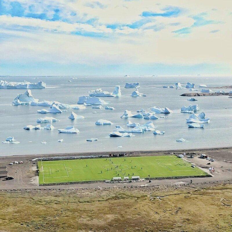 Стадион на берегу океана гренландия, подборка, природа, путешествия, север, удивительное