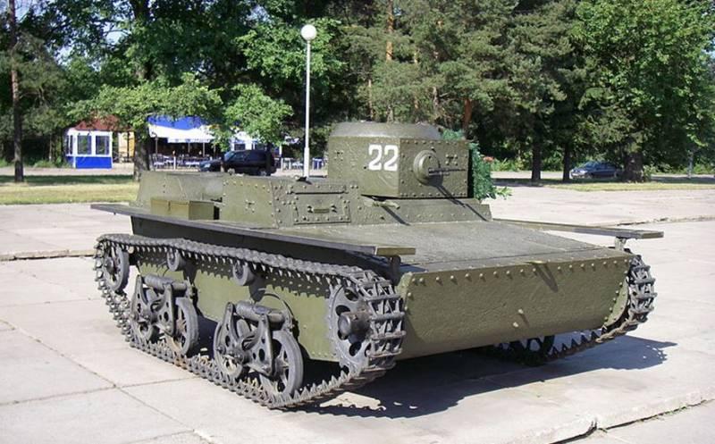 Первые лёгкие и плавающие танки СССР в межвоенный период