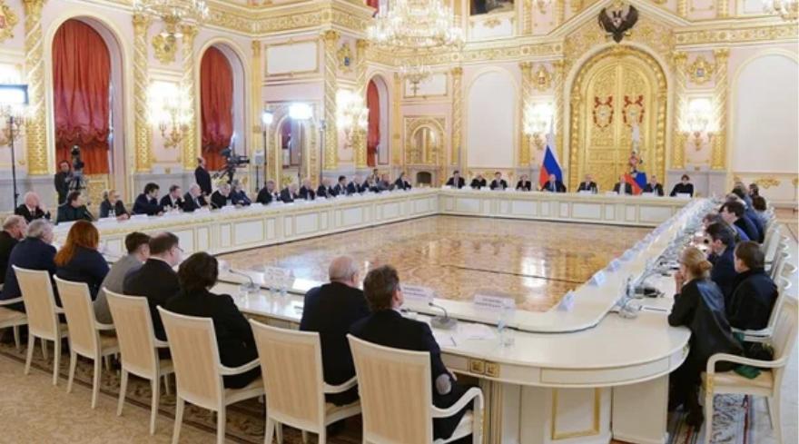 Безыдейная Россия с утекающими мозгами