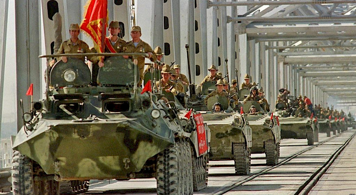 Как уходили мы и как бегут они: два ухода из Афганистана геополитика
