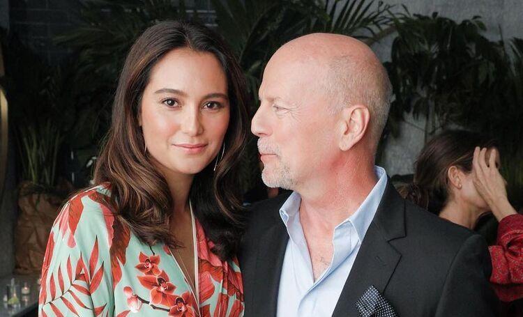 """Жена Брюса Уиллиса поздравила его с годовщиной свадьбы: """"Люблю до луны и обратно"""" Звезды,Звездные пары"""
