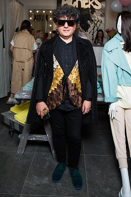 Мария Кожевникова, Виктория Дайнеко, Рената Пиотровски на открытии бутика в Москве Светская жизнь