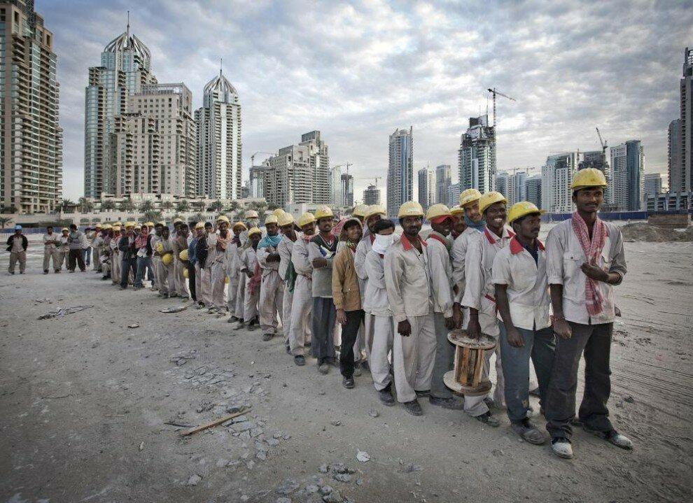 «Купаются в роскоши, пенсия 100 тысяч долларов и все бесплатно»: как живут обычные люди в ОАЭ восток,оаэ,общество,пенсионеры,пенсия,путешествия,социальные проблемы,страны