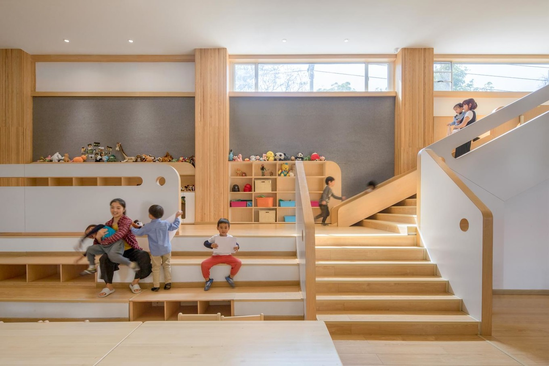 Lion International Kindergarten в Китае