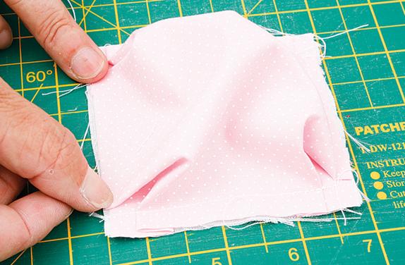 Детское одеялко из пузырьков в технике пэчворк. Мастер-класс (8) (574x376, 494Kb)