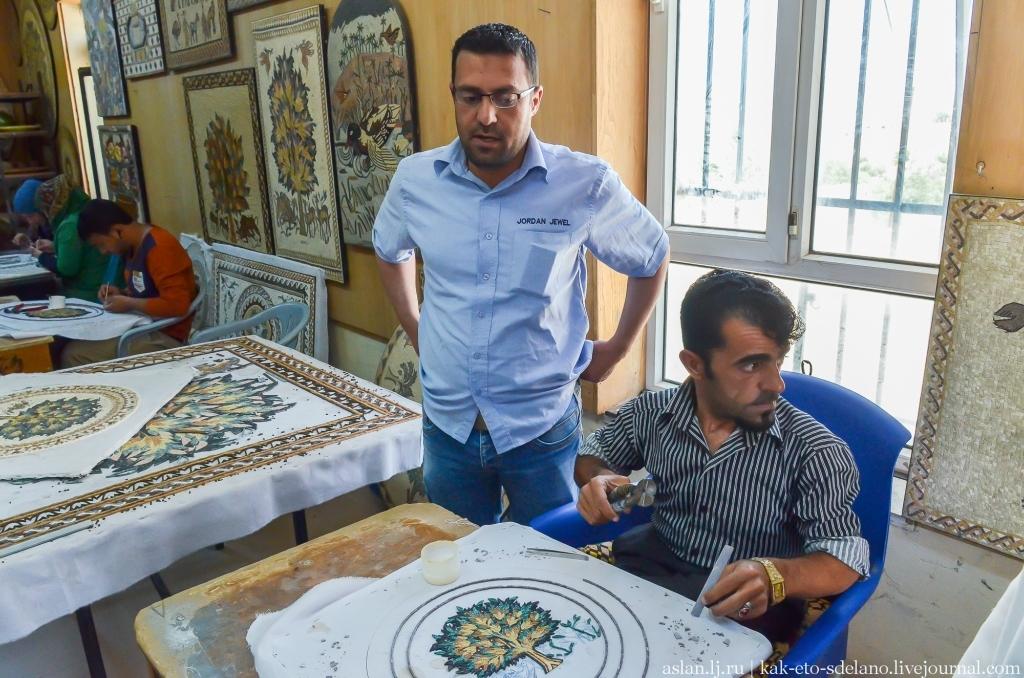 Как делается мозаика в Иордании