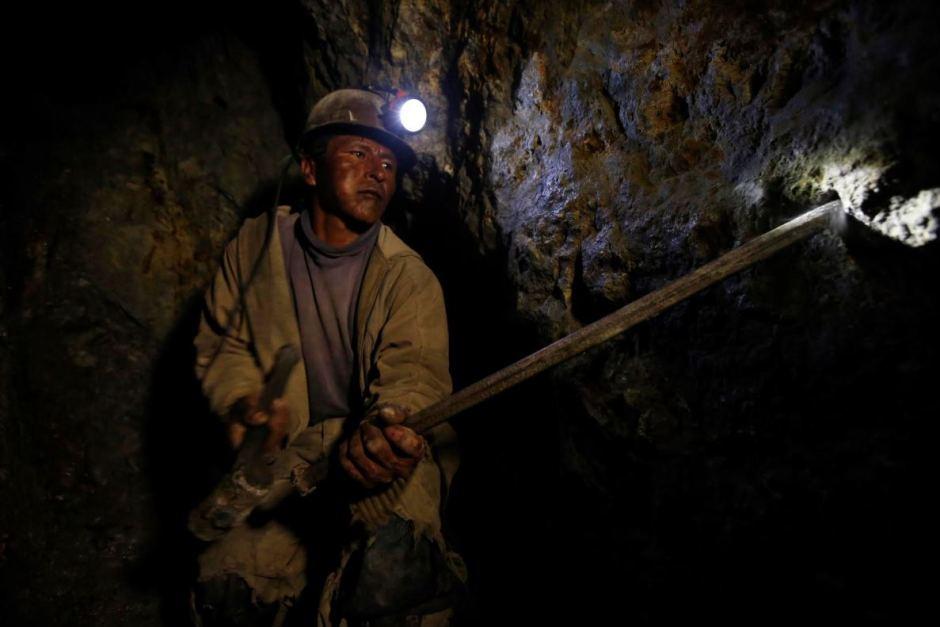 От вулкана до смертоносной шахты: как люди работают за https://mtdata.ru/u15/photoAFAB/20620570427-0/original.jpg интересное