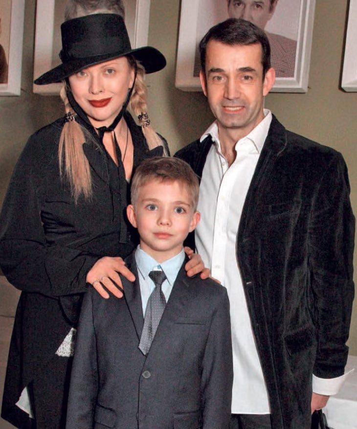 фото сына дроздовой и певцова ядовитой