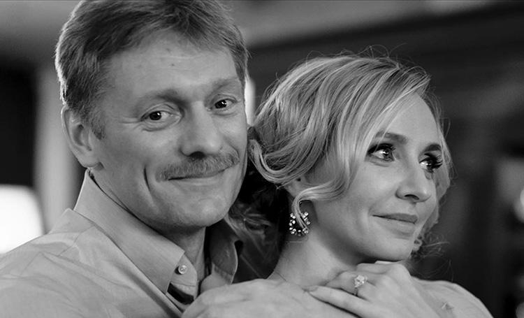 Как российские звезды поздравили мужчин с 23 февраля: Татьяна Навка, Марина Александрова и другие
