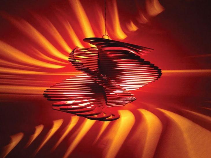 Интересные идеи изготовления светильников и люстр из повседневных предметов