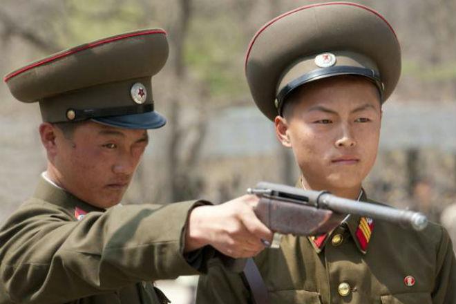 Как служат солдаты в армии в Северной Корее