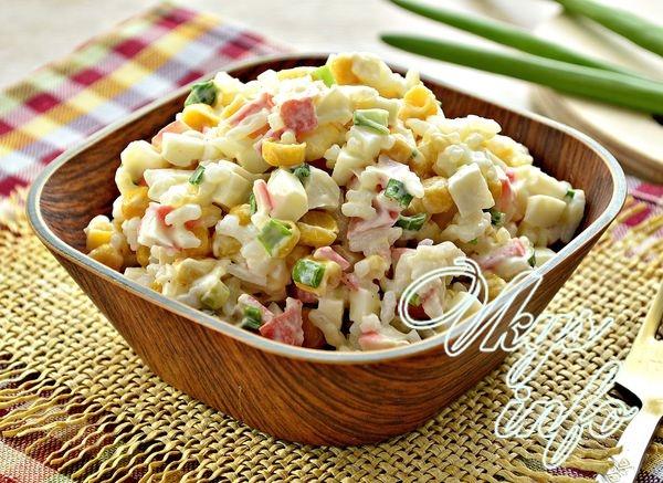 Классический салат с кукуруз…