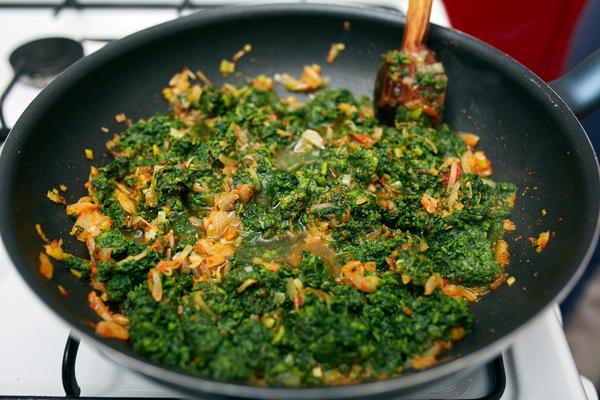 Готовим из свежей крапивы: 20 витаминных рецептов в вашу кулинарную книгу вкусные новости,кулинария,рецепты