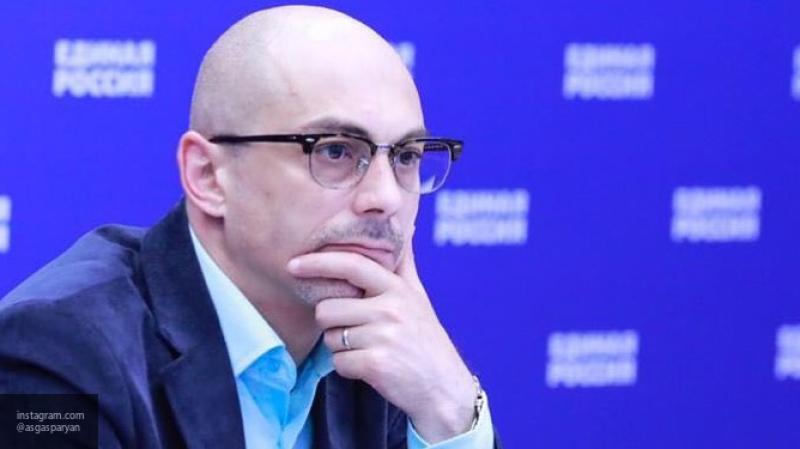"""Гаспарян объяснил, почему Лукашенко подпишет """"стратегию интеграции"""""""