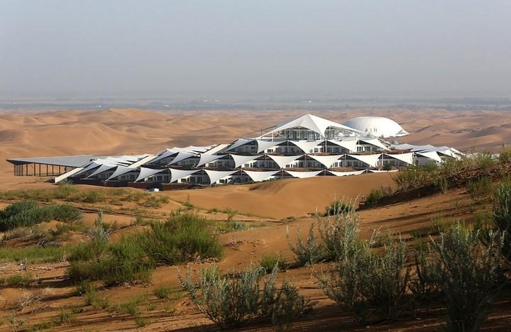 Песчаный Лотос — удивительный отель в пустыне…