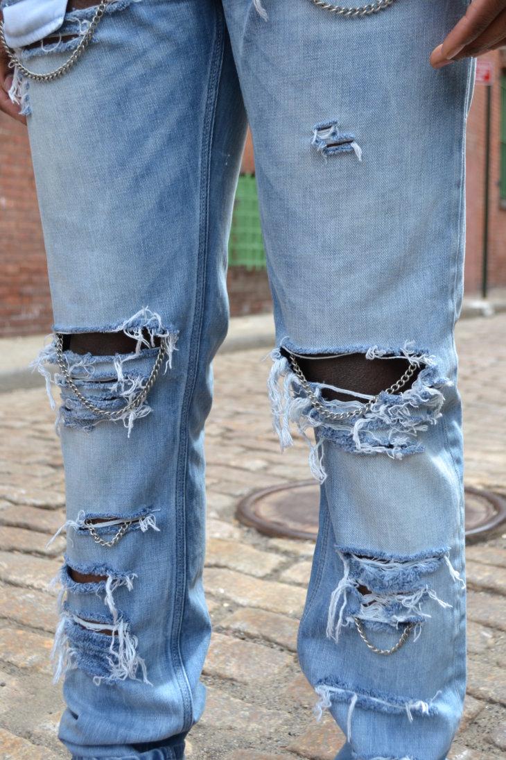 хотел рваные джинсы своими руками мастер класс фото ссылкой артиста