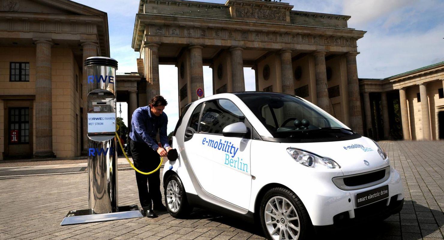 В Германии продажи электрокаров выросли в 3 раза в 2020 году Автомобили