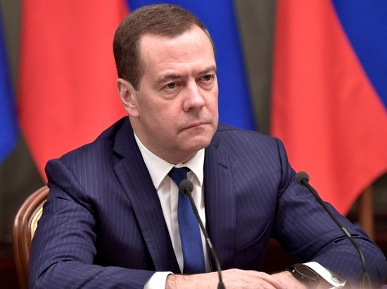 Терпение Дмитрия Медведева лопнуло. Он