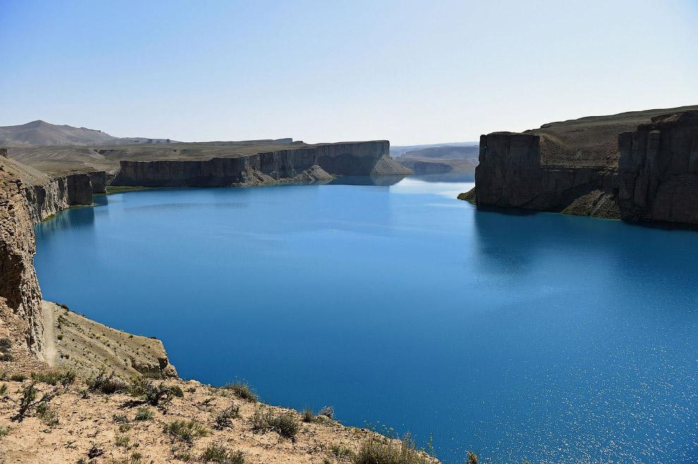 Цепочка из шести бирюзовых озёр Банди-Амир