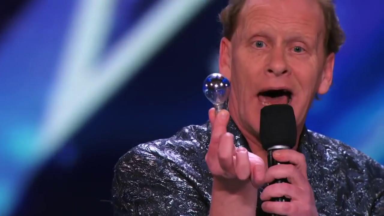 Невероятное выступление настоящего демона на румынском шоу талантов celebrities,видео,заморские звезды,концерт,развлечение,шоубиz,шоубиз
