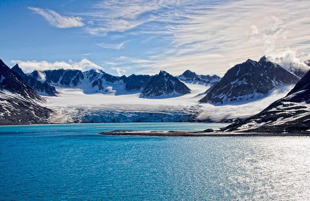 Путешествуем по миру с Терри Хеннетом большой, Смерти, гейзер, Магдалена, Альпах, части, Орезунд, расположенный, находится, штате, самый, острова, Корсика, гейзеров, каньонов, глубочайших, Исландии, Долины, Гейзер, СтоккурФото