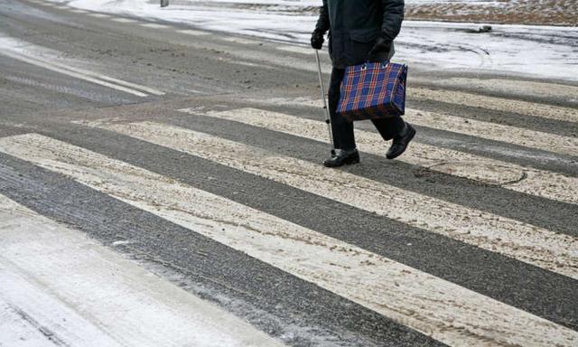 По одному не переходить: водители Сызрани не хотят уступать гордым «черепахам»