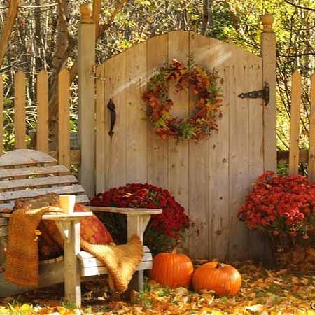 Осенние поделки для сада