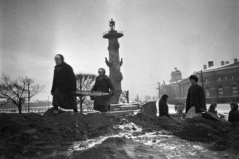МИФ ШЕСТОЙ: ЛЕНИНГРАД ВЫСТОЯЛ ВОПРЕКИ ВОЛЕ СТАЛИНА блокада, ленинград, мифы
