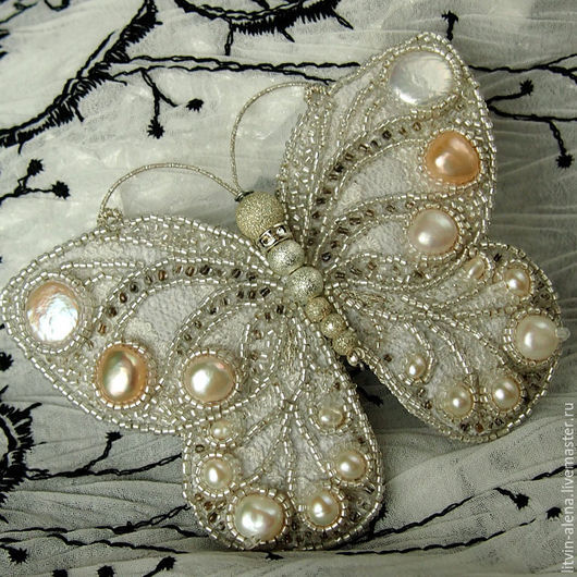 Brooches handmade. Livemaster - handmade. Buy Brooch 'Wet snow'. Brooch of pearls and beads. Brooch butterfly.Brooch