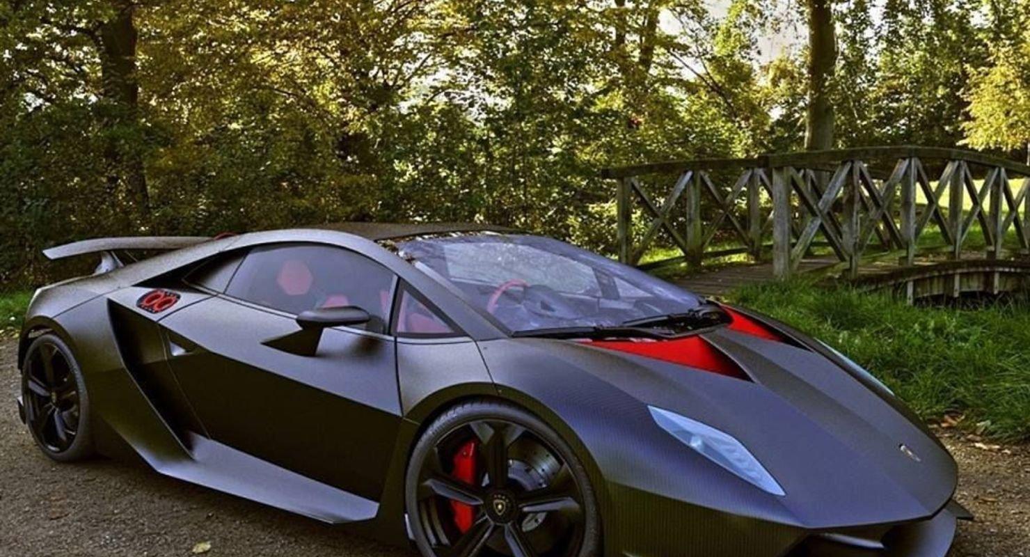 Название автомобиля как элемент таблицы Менделеева: Lamborghini Sesto Elemento Автомобили