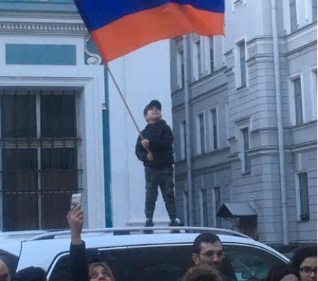 Майдан 2.0: украинский сцена…
