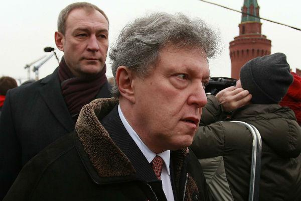 """Сколько заводов открылось при Григории Явлинском?"""""""