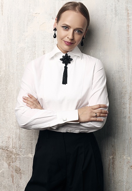На примере Беллы Хадид и Рианны: как сочетать остромодные вещи и винтаж Мода,Новости моды