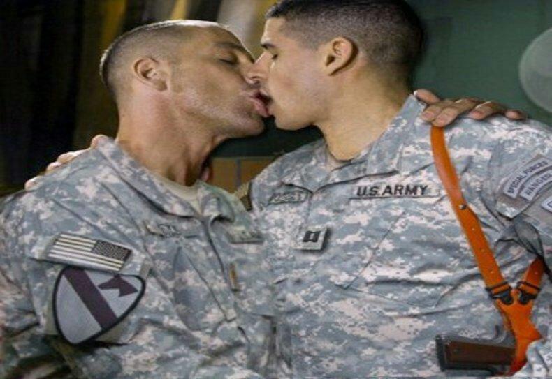 Секс видео армия конечно