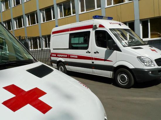 Москвичи начали терять рассудок из-за коронавируса: зафиксирован первый случай умопомешательства коронавирус,общество,россияне,юмор
