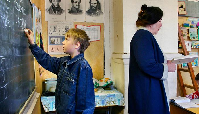 Школьные войны: Из-за чего конфликты между педагогами и учениками превращаются в жестокие разборки россия