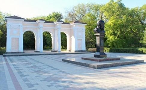 Крым: безнаказанные усы Тара…