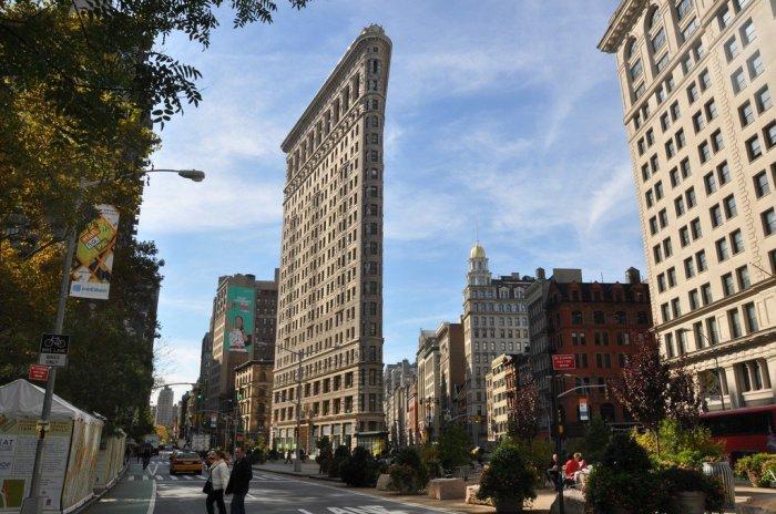 Зачем строили плоские дома-пластины, и как живут люди в таких зданиях архитектура,ремонт и строительство