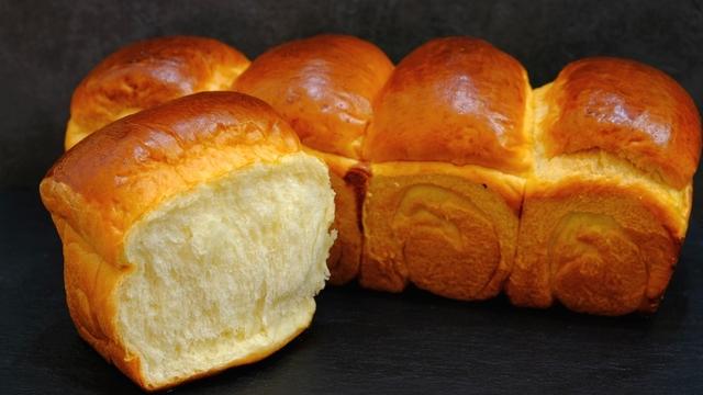 Фото к рецепту: Хлеб на хлебной заварке долго не черÑтвеет и не крошитÑÑ