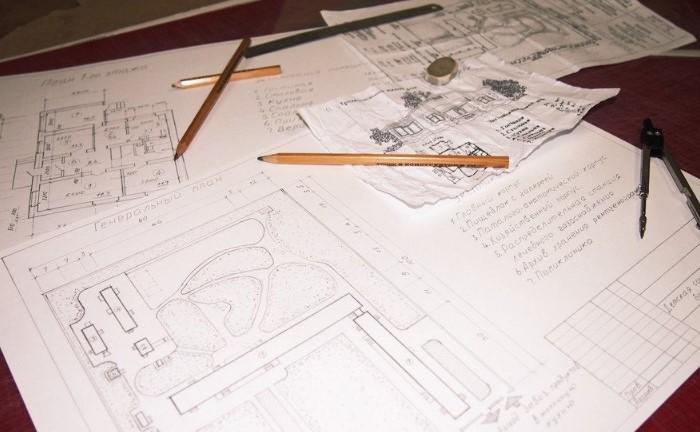 Оранжево-синий ластик предназначается для чертежных работ / Фото: pbs.twimg.com