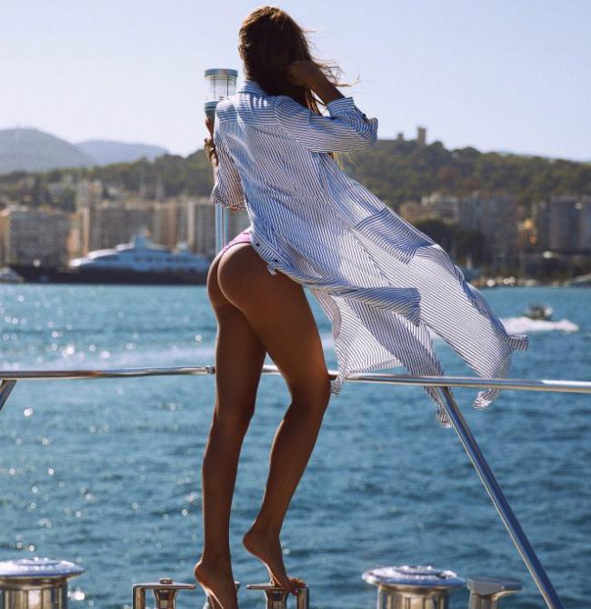 Самые пикантные фото звезд российского инстаграмма Девушки