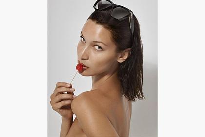 Самая красивая женщина в мире снялась топлес для рекламы популярного бренда Ценности