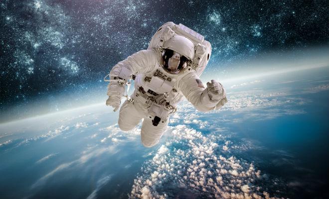 На какой высоте начинается космос