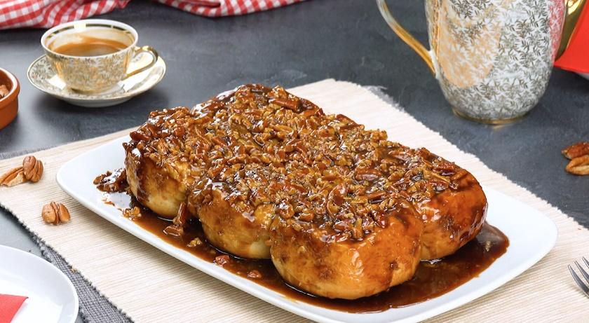 Нежные булочки с корицей: сочные синнабоны с орехами на завтрак